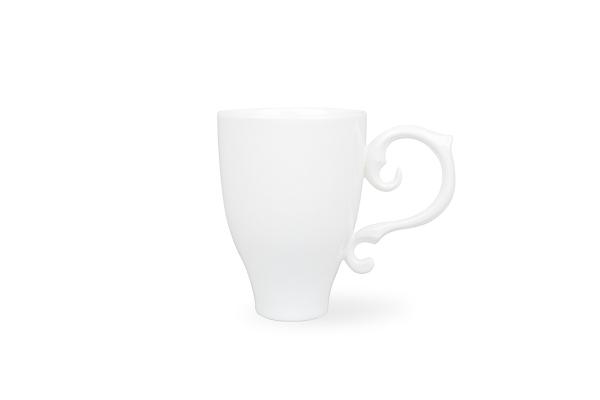 Чашка из глины ручной работы