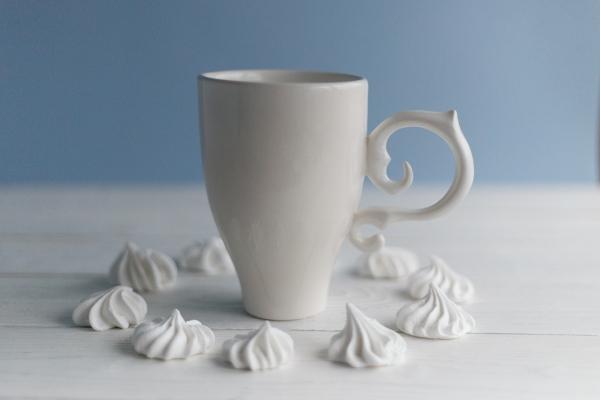 Керамическая чашка ручной работы